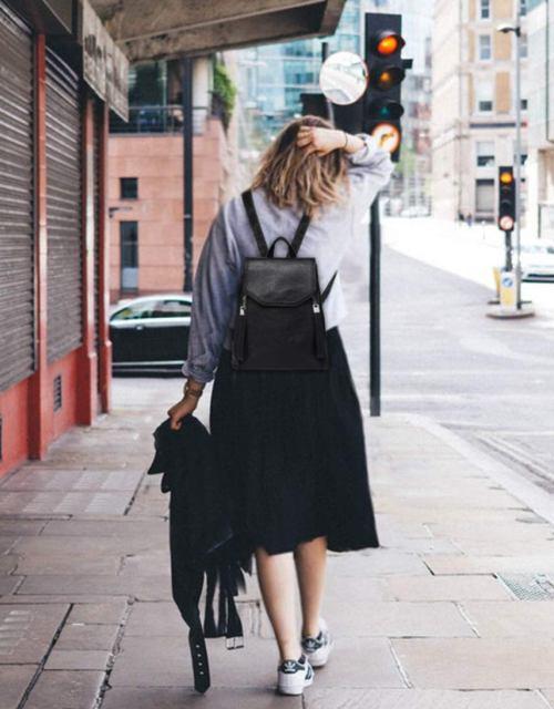 mochila de cuero mujer03